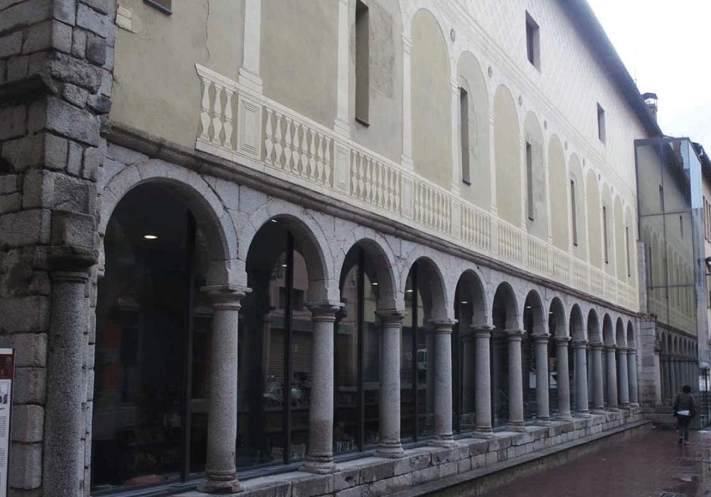 Biblioteca de Puigcerdà